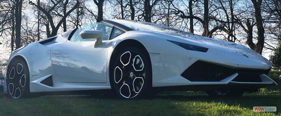 The Ultimate Supercar Rental - Lamborghini Huracan Spyder